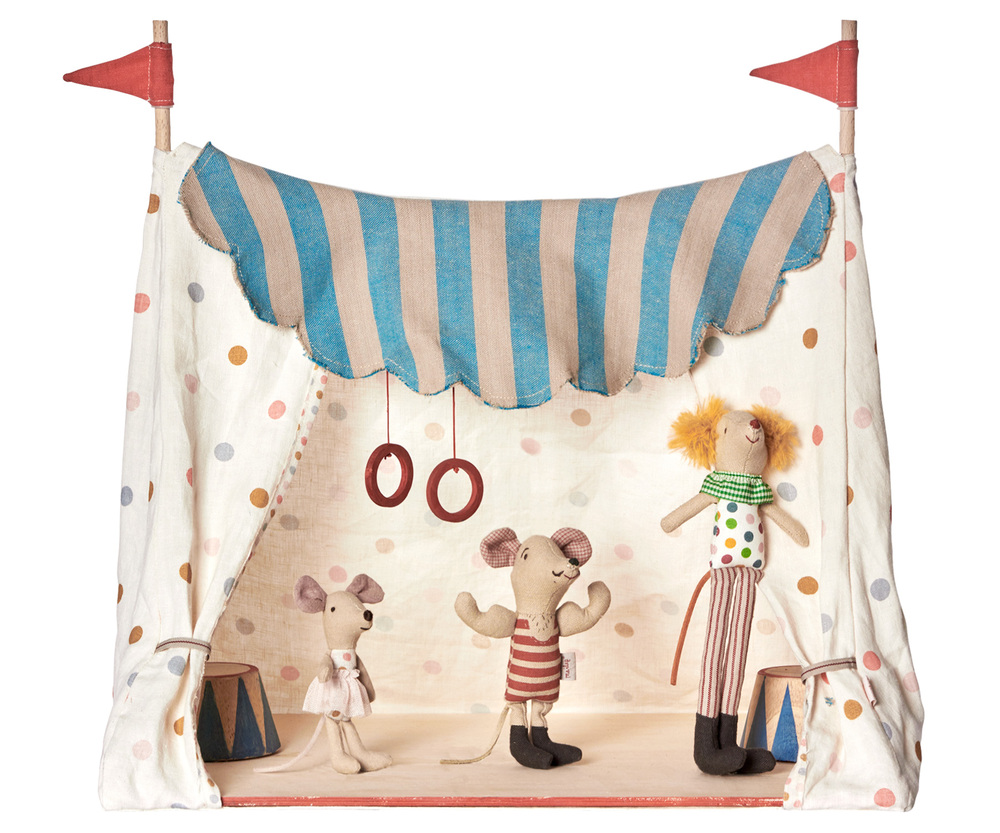 maileg circus clown mouse little goose toys. Black Bedroom Furniture Sets. Home Design Ideas