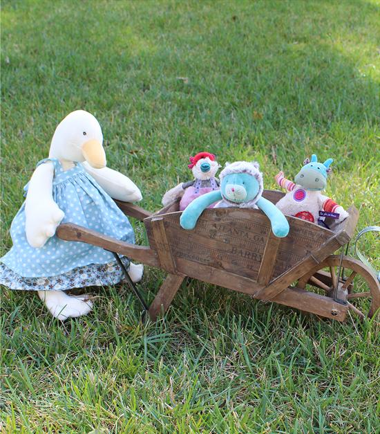 Goose with Wheelbarrow